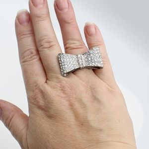Vintage rhinestone cocktail stretch ring